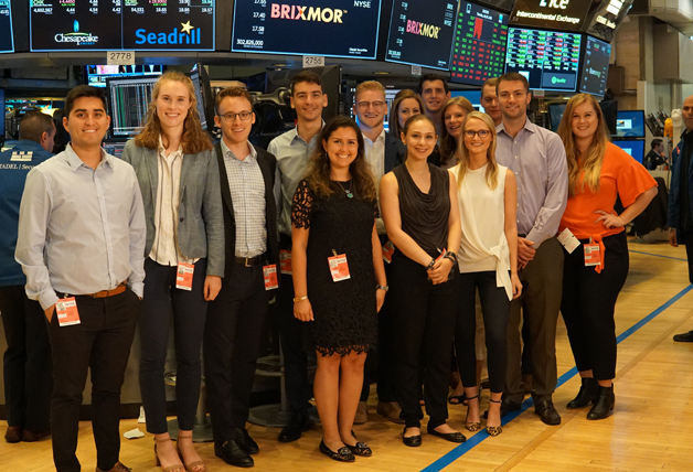 Group of brixmor employees at New York Stock Exchange